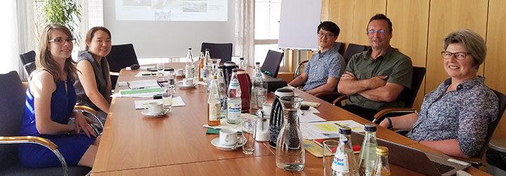 Besuch einer Koreanische Forschungsgruppe des KRI (koreanischen Instituts für ländliche Ökonomie) bei der Hofbörse.